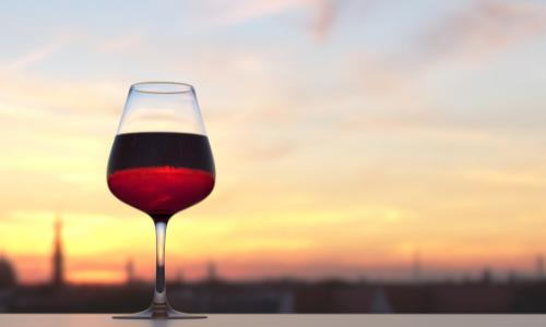 Idées-cadeaux-composées de coffret vin autour du vin