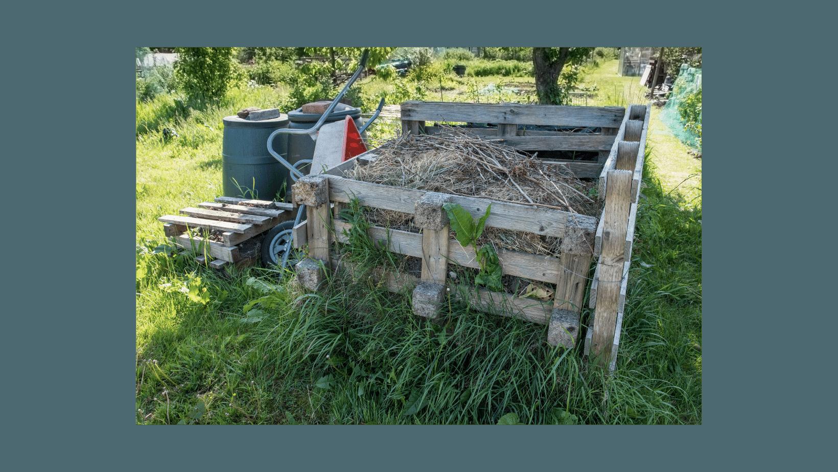 Votre bac à compost est prêt. Un engrais naturel vous attend bientôt