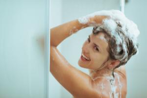 shampoings pour renforcer les cheveux